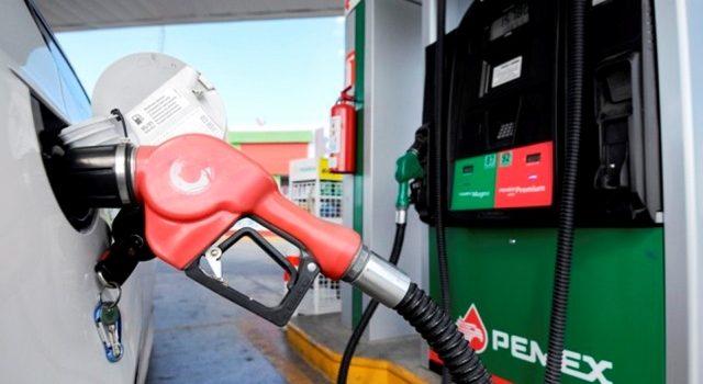 Gasolina en EU es 35% más barata que en México